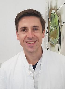 Dr. Martin Gryga